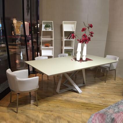 DTB-14804餐桌(220*110)+CHR-15837扶手餐椅*6