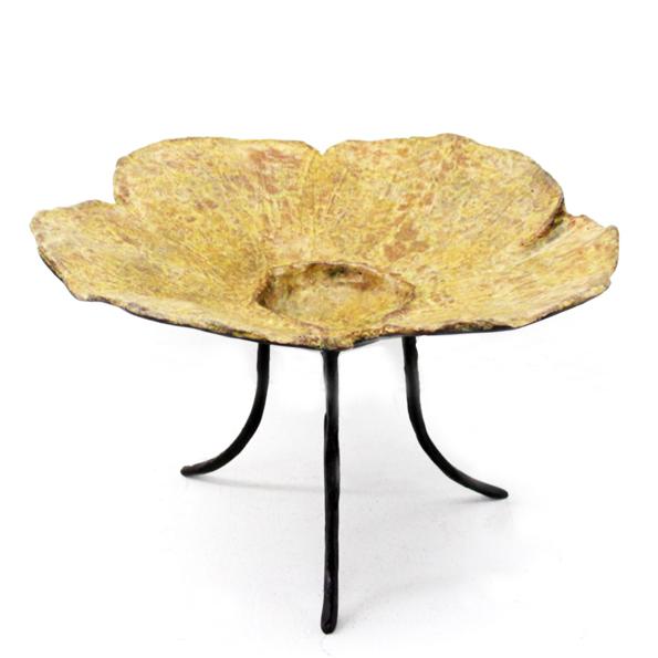 D-033 銅製飾品 (30x30x17h)$3,800